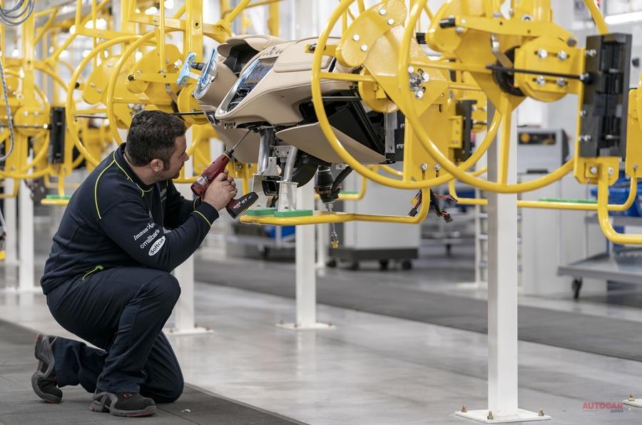 【攻めの姿勢】英アストン マーティン、セント・アサンに「重要な」ファクトリー開設 DBX生産