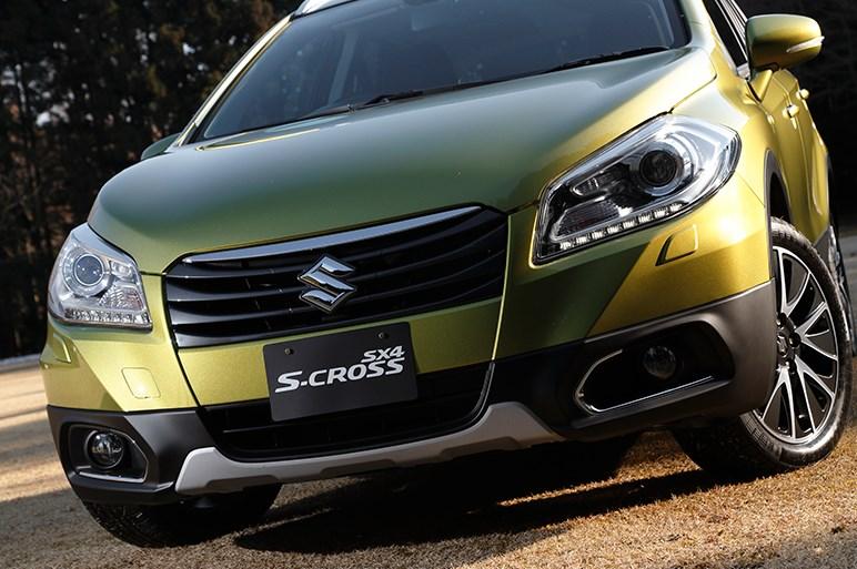 スズキのSUV「SX4 Sクロス」がフェイスリフトと6速ATの採用で力強く変身