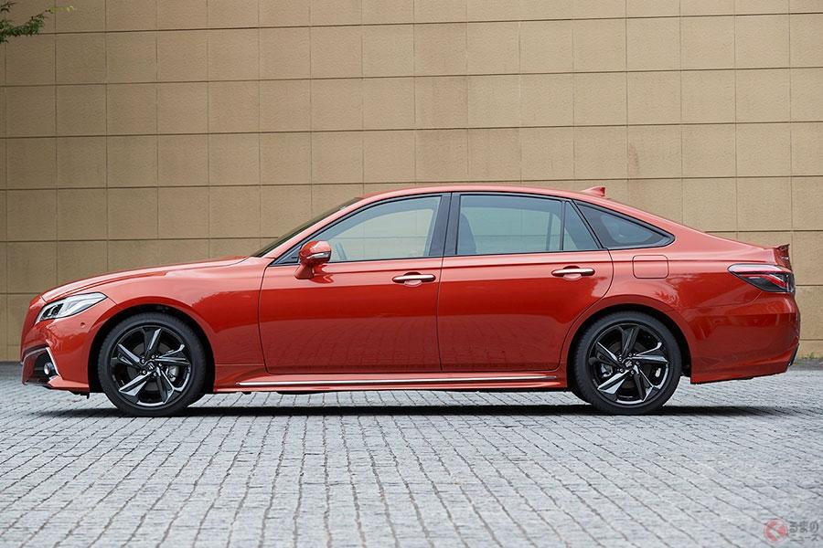 発売から1年トヨタ「クラウン」なぜ人気? セダン人気低迷でも好調な理由とは