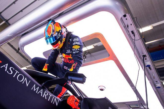 アルボン「スピンは大きな問題ではない。マックスから学び車を改善する」レッドブル・ホンダ F1シュタイアーマルクGP