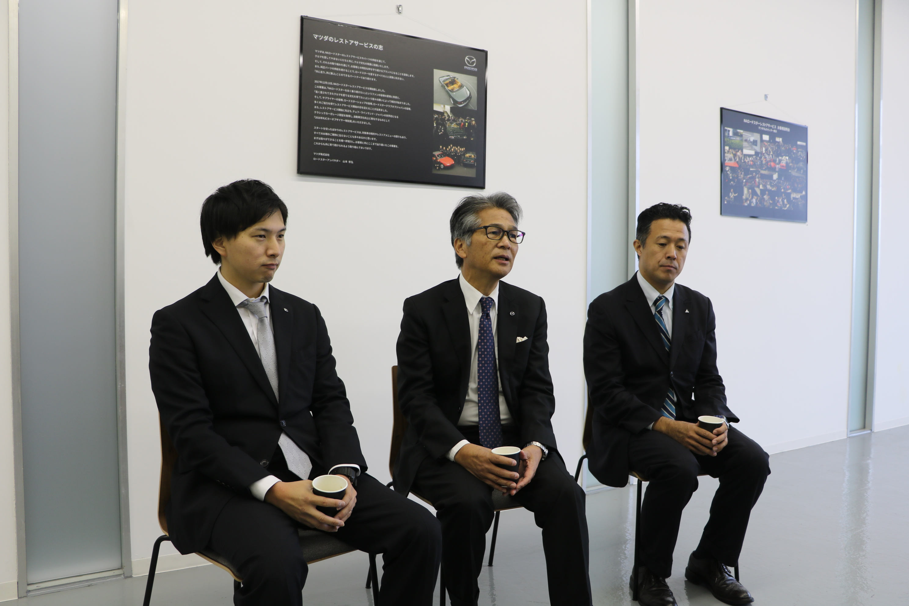 """マツダ NA ロードスター レストア納車式を横浜で敢行。レストアの最大の理由はマツダという""""メーカー""""だから"""