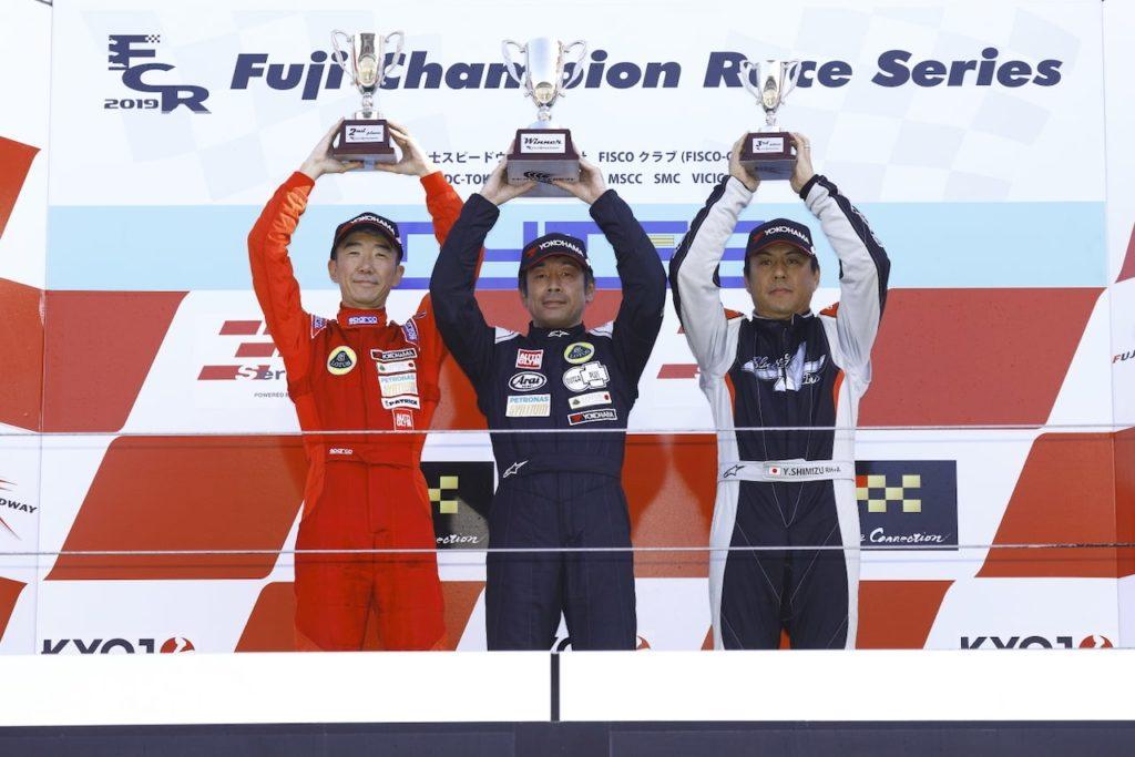 ロータス・カップ・ジャパン最終戦富士、今季初参戦の山本健一が4連勝で王座決める