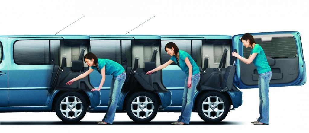 7人乗りのBセグ車という奇跡:キューブキュービック