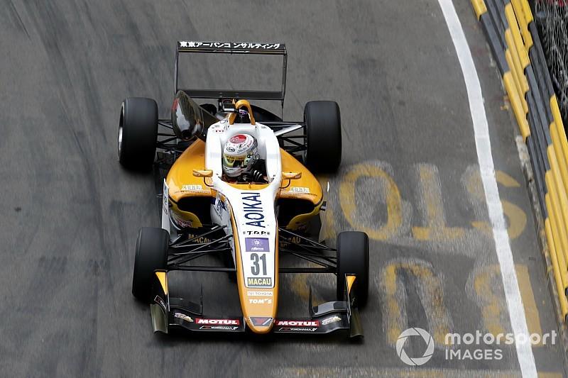 F3マカオでクラッシュの坪井翔、レーシングカーのドライブに支障なし「腰は痛いがドライビングに影響はない」
