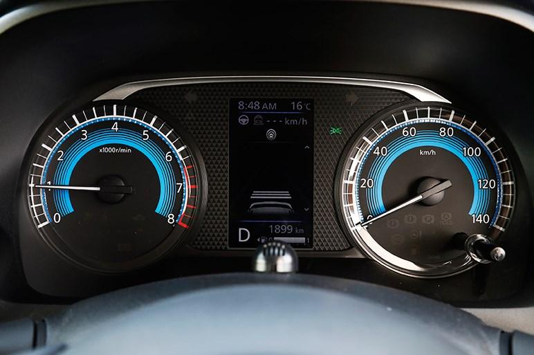 三菱の新型軽eKのおすすめはクロスのターボ。顔は不思議と見慣れる?