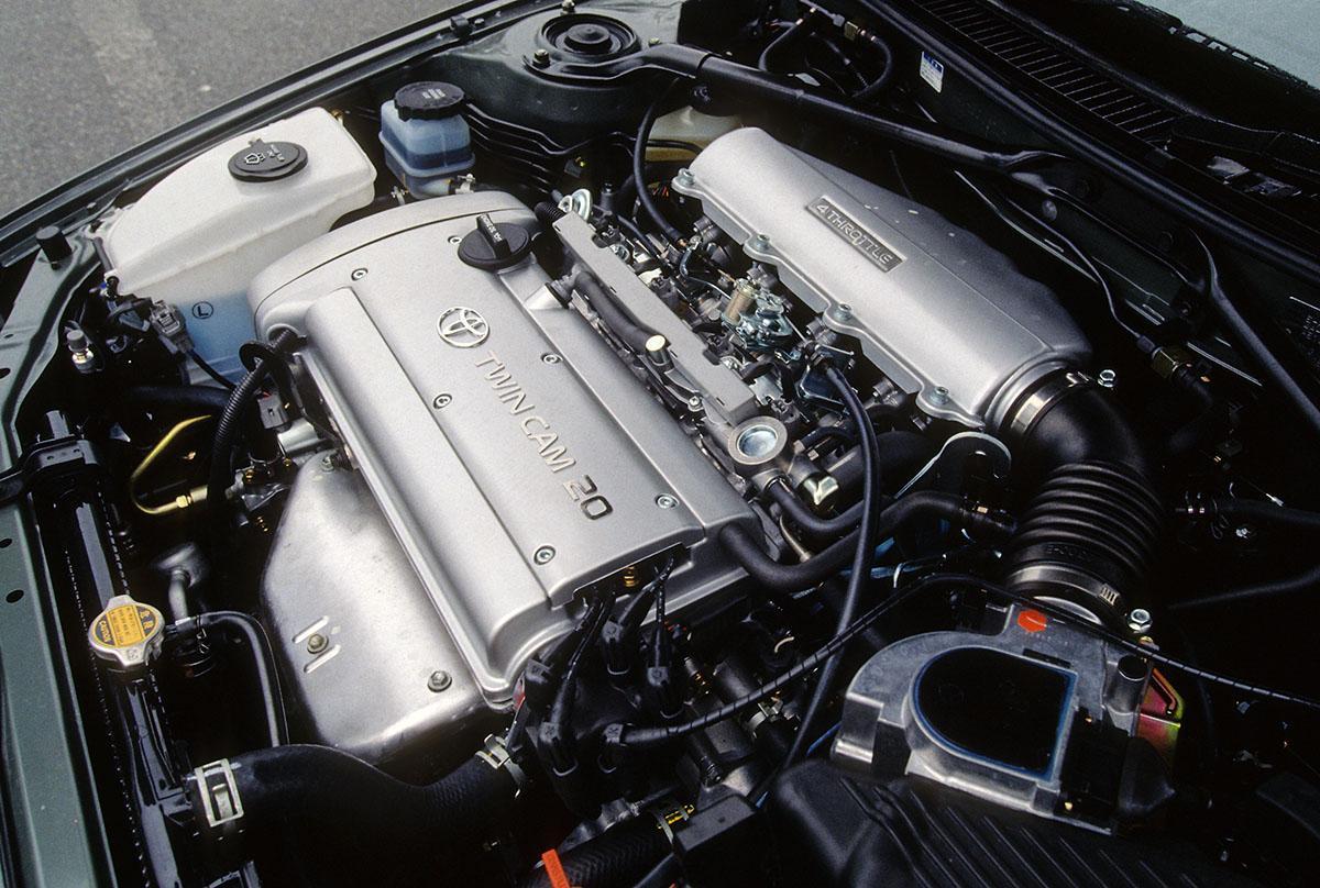 【ニッポンの名車】4ドアハードトップブームを支えたトヨタ・カローラセレス&スプリンターマリノ
