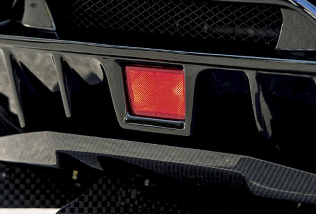 SUBARUインプレッサWRX STIが迫力あるスタイルに変身! バリスワイドボディキット
