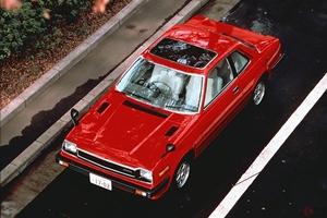 国産新車のサンルーフ、絶滅寸前か 中国では「豪華さの象徴」 日本でなぜウケない?
