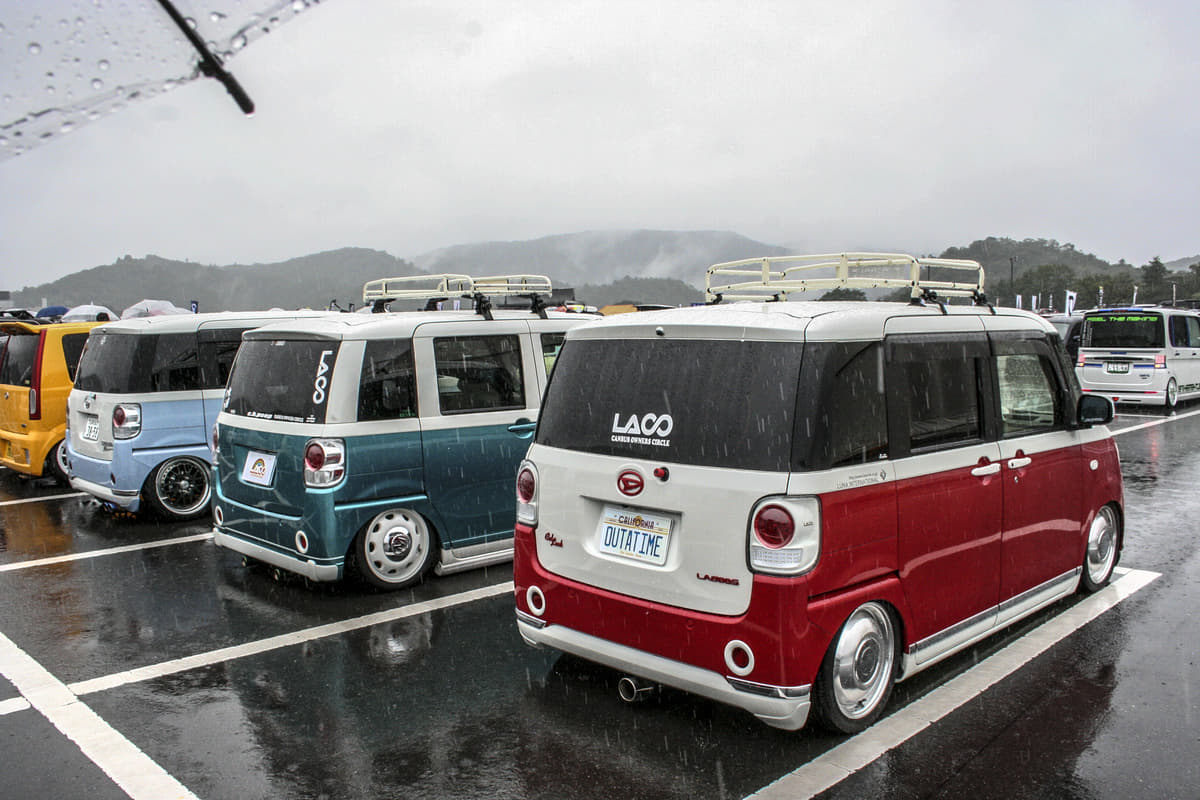 【全300台以上】雨ニモ負ケズ、世界最大級な軽自動車の祭典「KING OF K-CAR」にグギ付け!