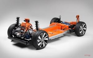 EV版ボルボXC40 電動パワートレインの画像が公開 実車発表は10月