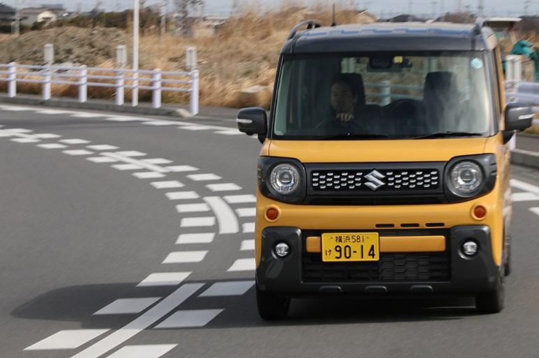 スズキ スペーシア ギアはデザイン、走り、価格も納得の強くオススメできる大衆実用車