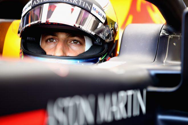 「フェルスタッペンとの扱いの違いがリカルドをルノーに向かわせた」。レッドブル離脱の決断に元F1ドライバーが理解示す