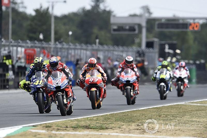 """ドヴィツィオーゾ、後続を引き離すため""""意図的に毎周ペースを変えて""""走行していた/MotoGPチェコ決勝"""