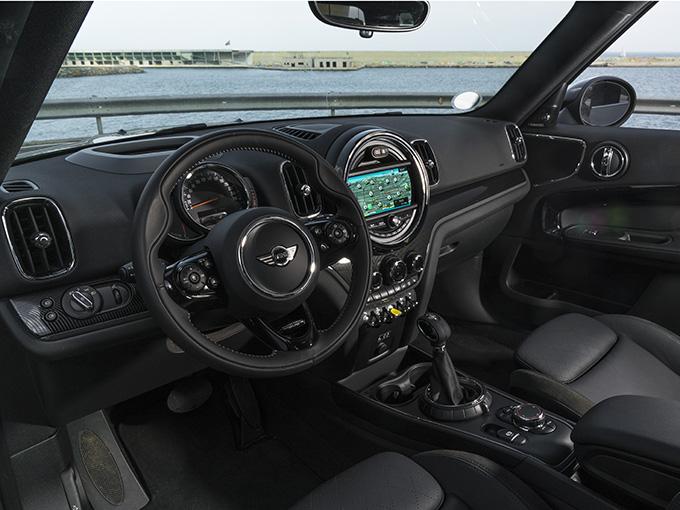 トヨタ RAV4 PHVの受注再開を待たなくてもいいじゃない! 中古なら同じくらいの価格から狙える、ハイパワープラグインハイブリッドSUV4選