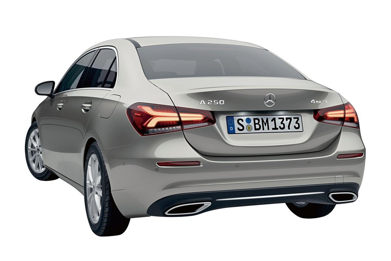 メルセデス・ベンツからAクラス セダンが登場。発表記念特別限定車も同時に発売