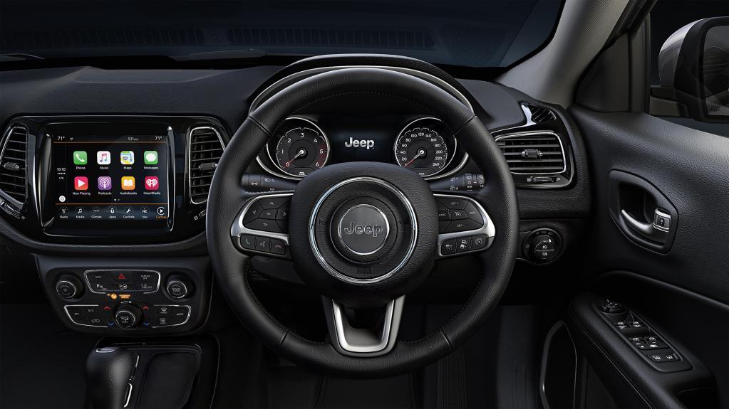 狙い目の輸入SUVかも? シックなジープ・コンパスの限定車「ナイトイーグル」発売