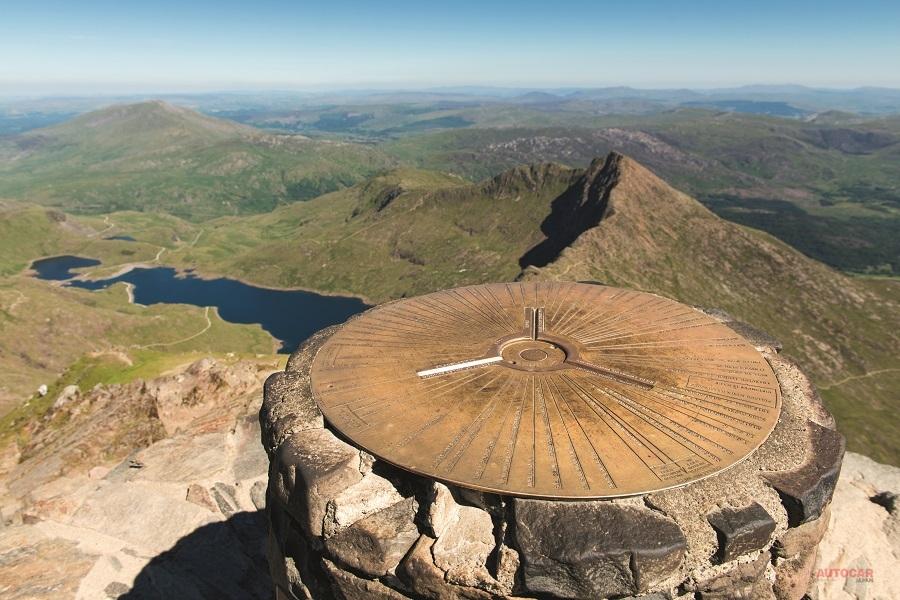 日産リーフで挑戦する3つの山頂 制限時間は24時間 2018年は成功なるか?