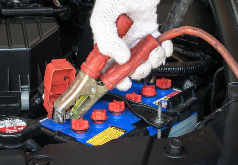 【酷暑と電化でバッテリー上がり急増中!!!】寿命を延ばすコツとトラブル回避術
