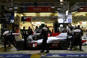 ル・マン24時間:夜明けを迎えた16時間後。三度順位を入れ替えたトヨタの2台がワン・ツー維持