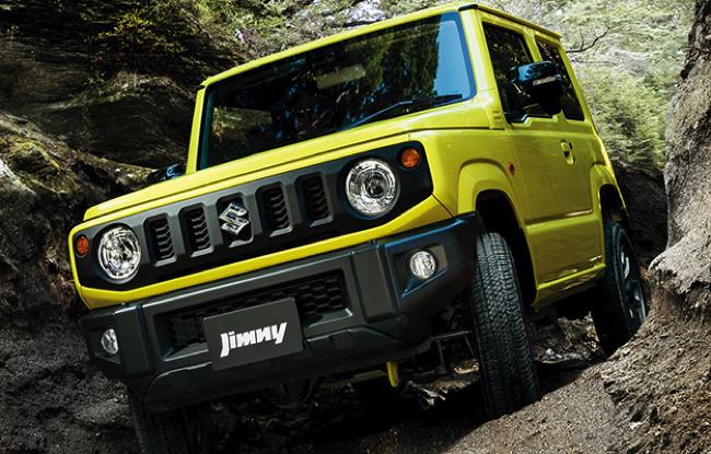 人気車種「ジムニー」と「ジムニーシエラ」の価格相場、納期、中古相場をチェック