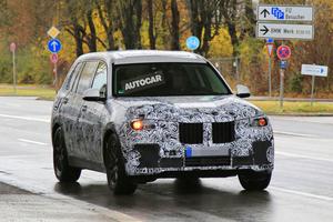 「BMW X7」9月公開か エスカレード乗り/レンジ乗りに強敵? BMW最上級SUV