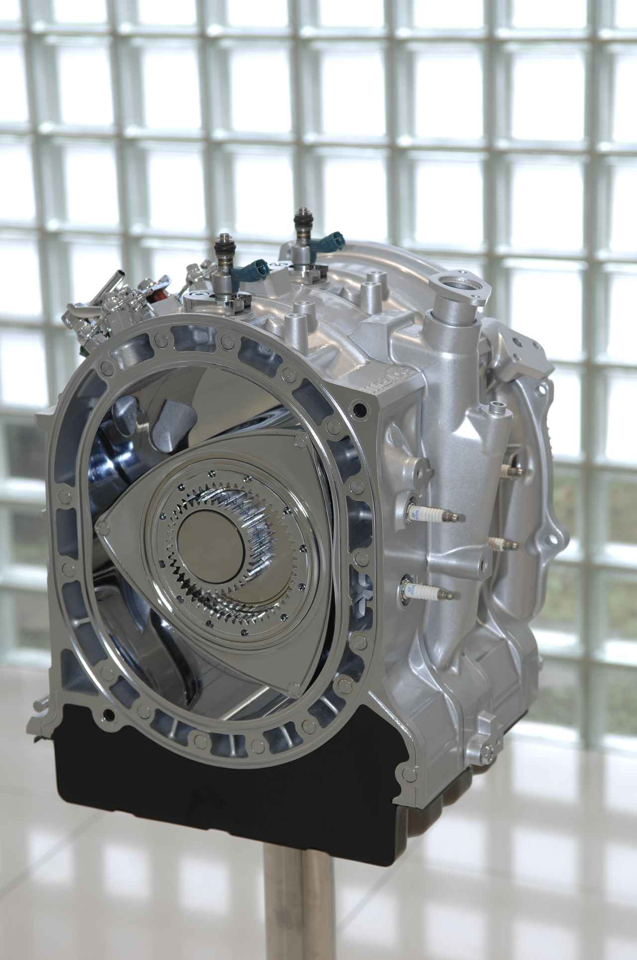 【スクープ】マツダ次世代ロータリーFRスポーツ「RX-9」(仮称)、発売に向けてロータリーエンジンの新特許情報をキャッチ!
