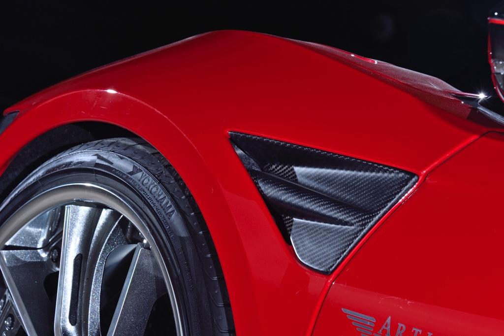 「この現行NSX、無敵すぎる!」気品溢れる真紅のローフォルム。アーティシャンスピリッツの進撃が止まらない!