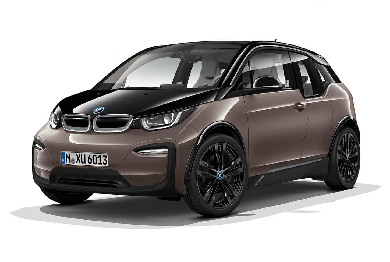 ついにクルマが家電売り場に? BMWが「i3」と「330e」を蔦屋家電に展示!