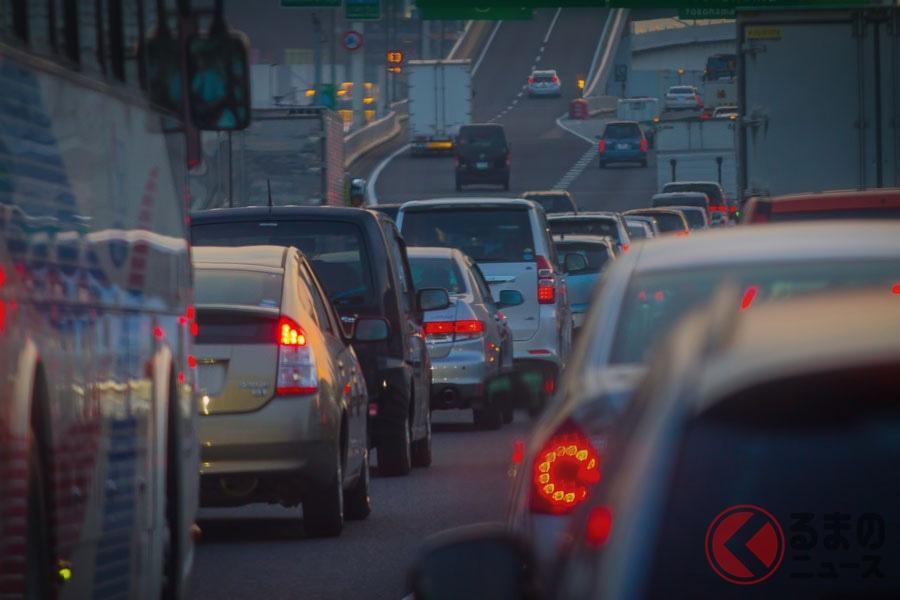 夜間の「ずっとロービーム運転」実は違反!? いま知りたい正しいヘッドライトの使い方とは