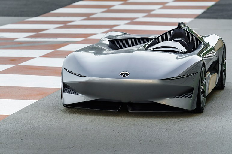 インフィニティ プロトタイプ10 デザインを元BMWデザイナーが指揮