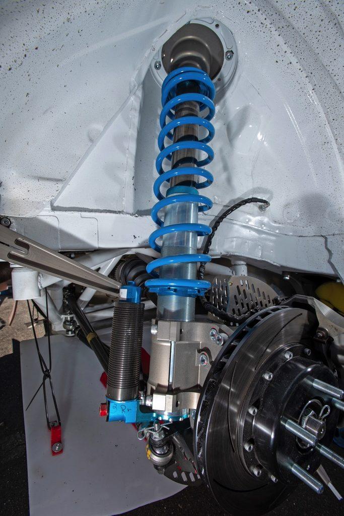 「速すぎるトヨタC-HRの超絶ラリースペシャル!」TRDレースエンジンを搭載するモンスターマシン!