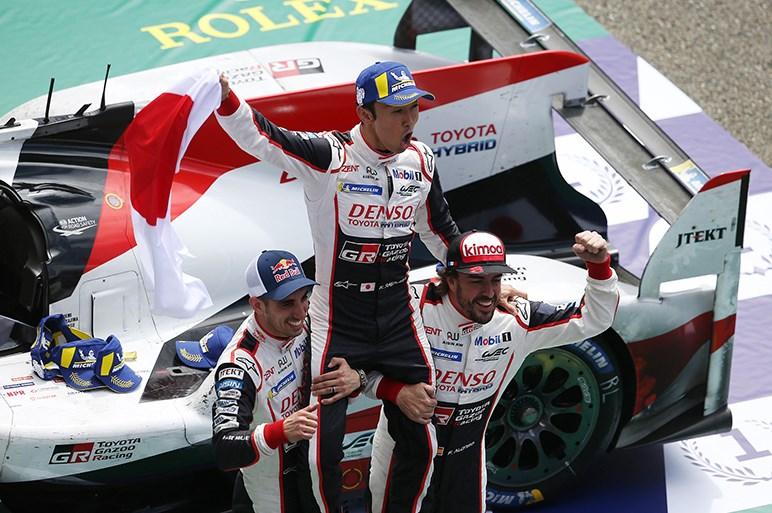 【日本カー・オブ・ザ・イヤー】「TOYOTA Gazoo Racing」と「ホンダ N-VAN」が「実行委員会特別賞」を受賞