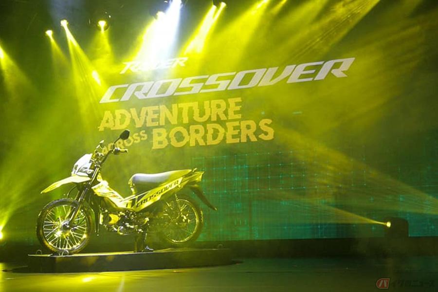 スズキ「Raider J Crossover」登場 アンダーボーン・フレームのクロスオーバーモデルが誕生