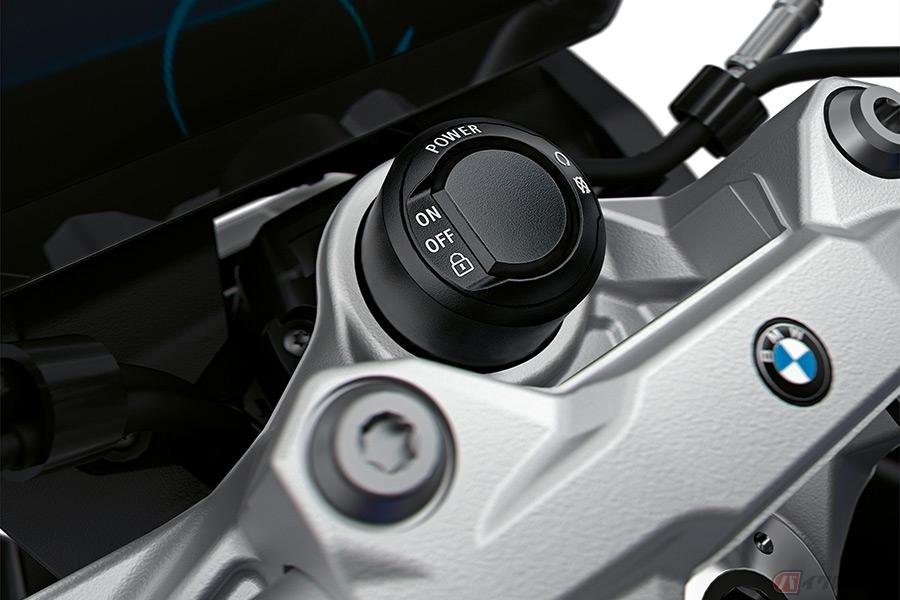 ミドルクラスのロードスター BMWモトラッド「F900R」はどんなバイク?