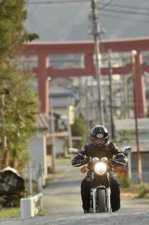 バイク乗りが秩父に集まる理由とは?「小鹿神社」と名も無き小さな神社を巡る/神社巡拝家・佐々木優太の「神社拝走記」【第11回】(埼玉県)