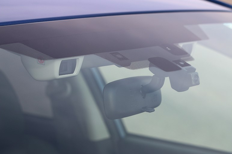 スバル インプレッサは安価でも高級な乗り味をもつゴルフ要らずな国民車だ
