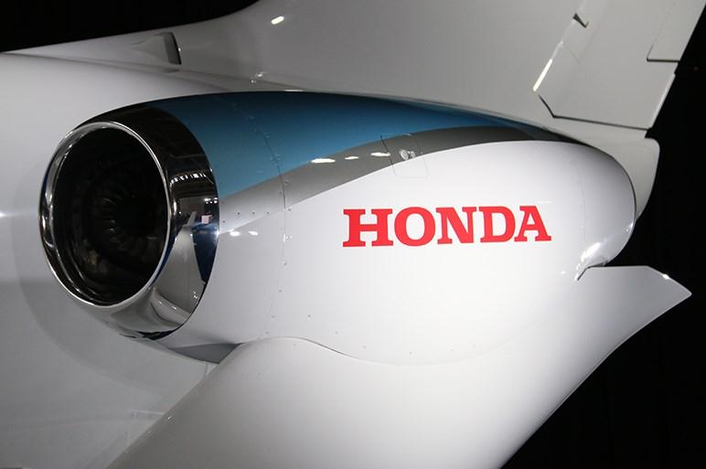 数年後には部長のあなたも乗れるかも⁉ ホンダジェットの初号機が日本初納入