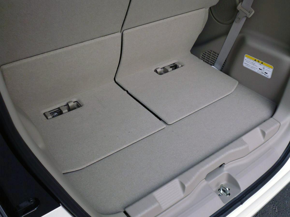 「重箱の隅」的だけどカーライフを左右するほど重要! 「荷室の段差」の有無で何が変わる?