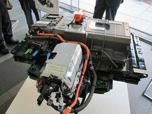 トヨタ、商用車用の燃料電池システム開発で中国メーカーと合弁 オープンな協業加速
