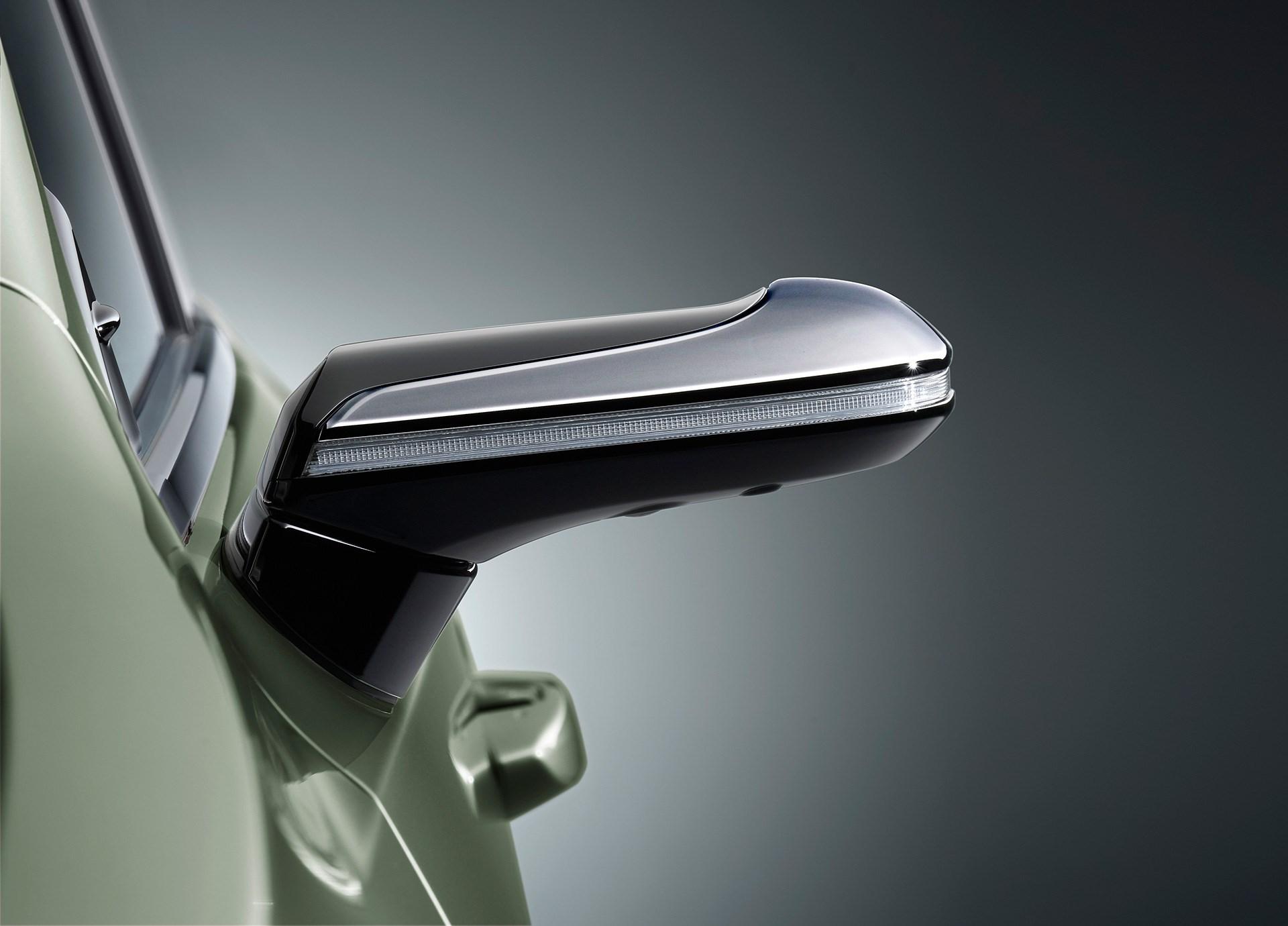 メルセデスとトヨタから登場したミラーレス自動車、名称の統一を望みたい