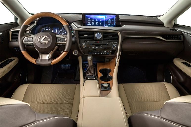 レクサス、3列シートのRX350L&2列シート化で荷室を拡大したLX570を発表