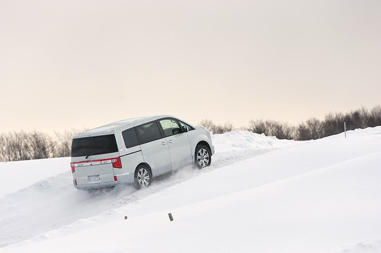 三菱デリカD:5ほか3モデルの四駆システムの違いを雪上で確認した