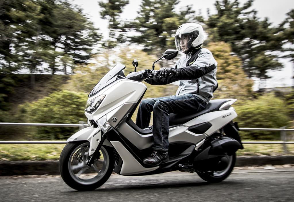 【ヤマハNMAX試乗】 街乗りときどき峠道。モーターサイクルの感覚で走りを楽しめる、そんなアグレッシブなスクーターだった。