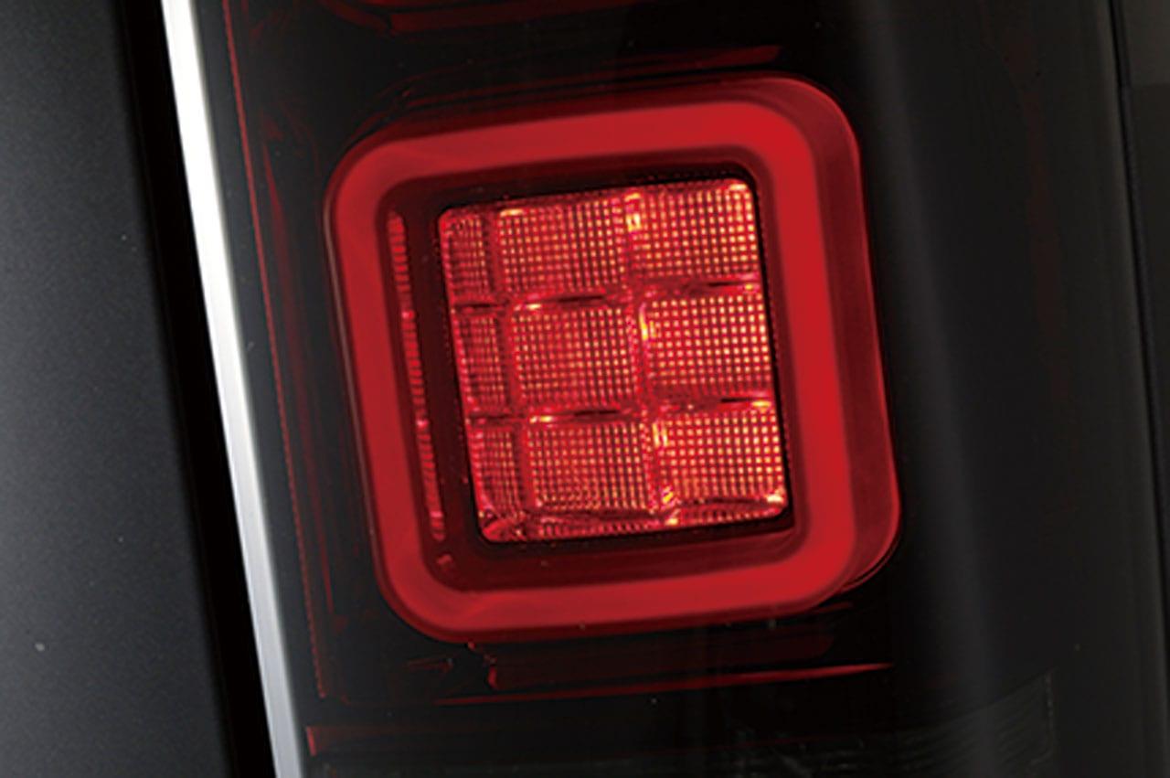 最新モデル・タイプ4 & 限定カラー4回目の再販! ハイエース界で大人気のLEDテール2タイプがコレ!|DAZZ FELLOWS