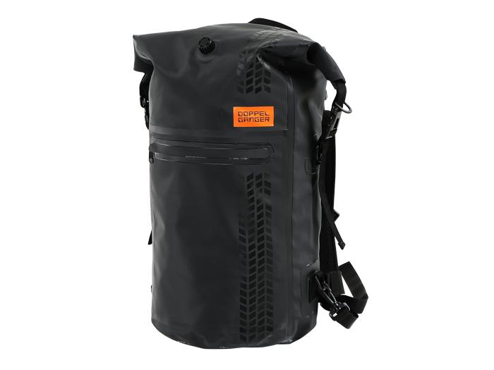 バックパックからシートバッグへトランスフォーム。シンプルこそバイク用バッグの決め手