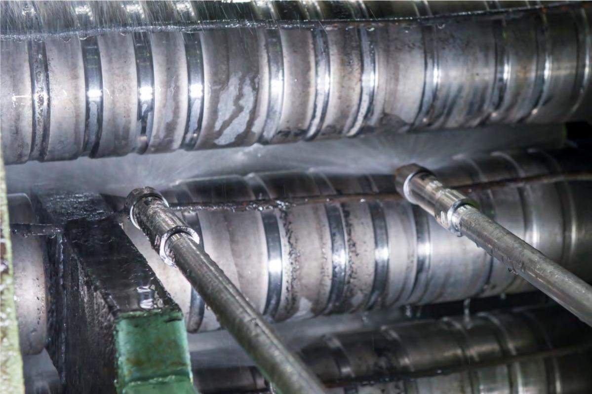 プライメタルテクノロジーズ:現代製鉄のスラブ連続鋳造機で最先端のパルス型スプレー冷却システムが稼働