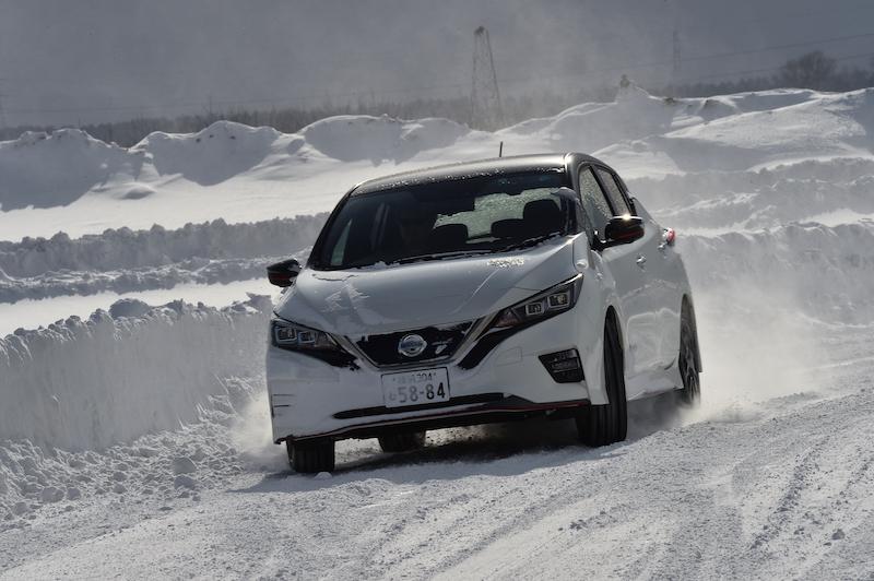 【日産雪上試乗会】EV車は雪道ドライブが楽チン