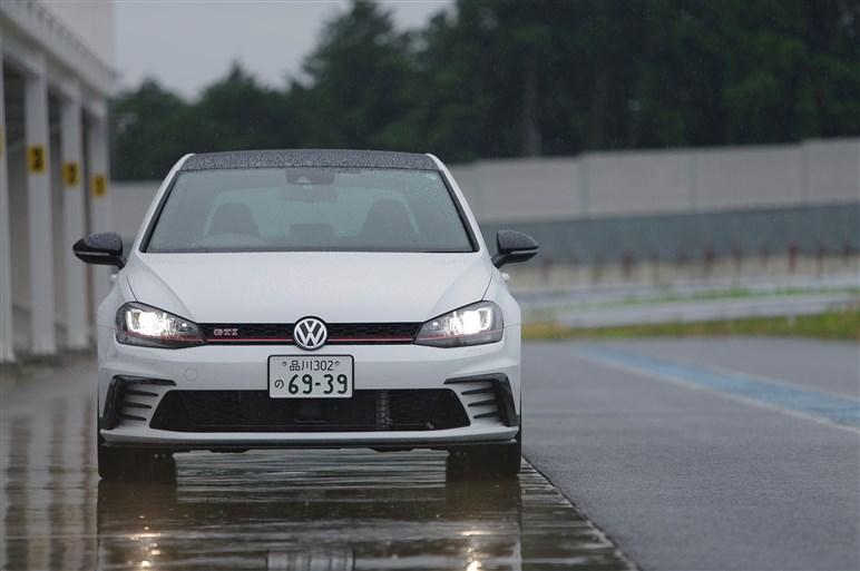 ゴルフGTIクラブスポーツに試乗。雨中のサーキットで実力を確認