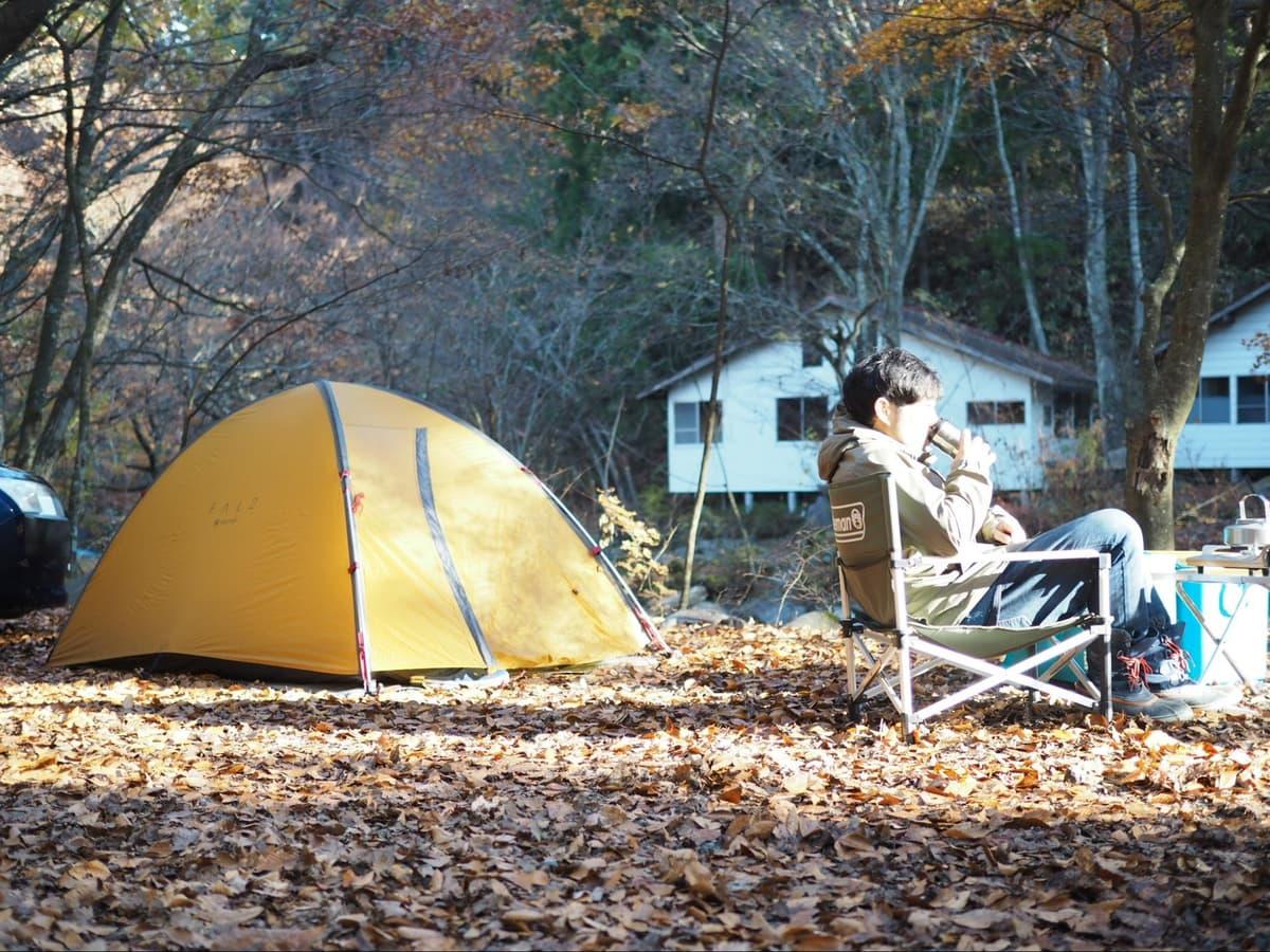 """「冬キャンプ」初心者は要チェック! """"絶対""""用意すべき装備と、あると快適な防寒グッズ"""