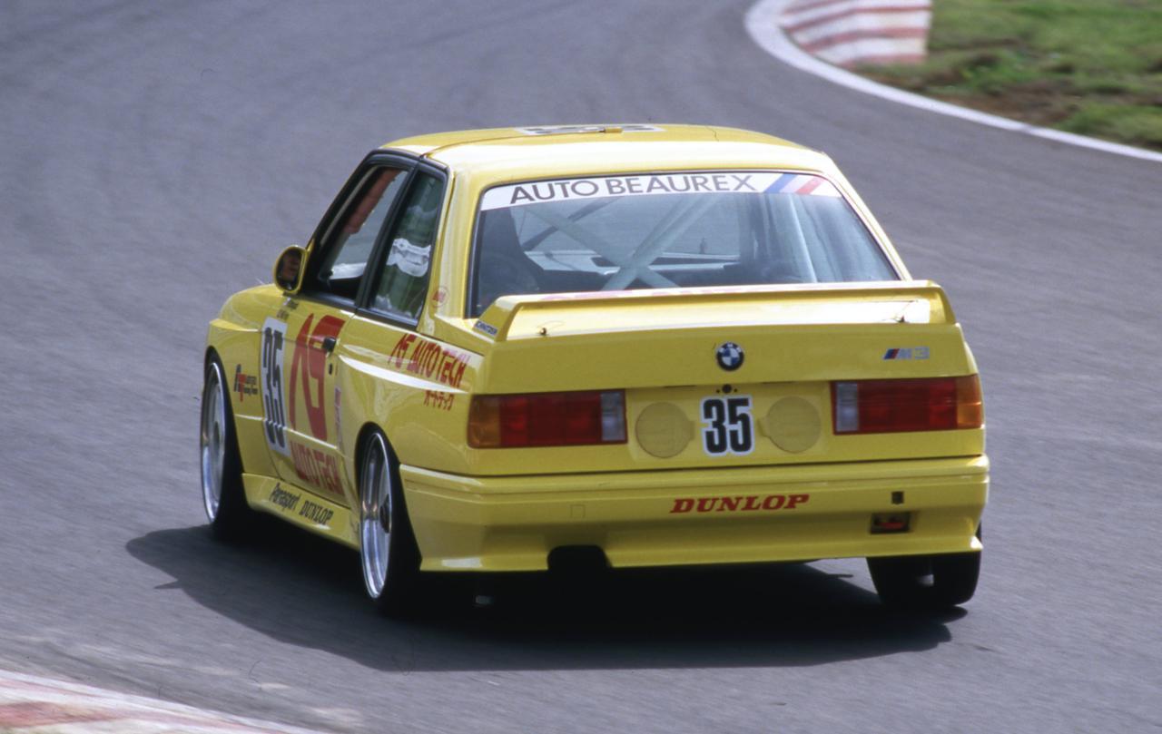 【グループAの名車15】BMW M3がひとクラス上のマシンを蹴散らす活躍を見せ大人気に!